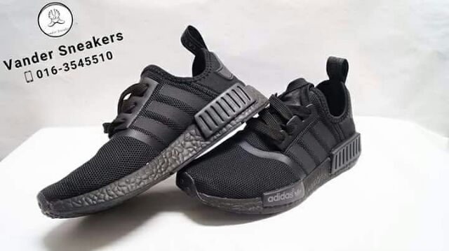 free shipping 0c530 3de40 Adidas NMD R1 Triple Black | Shopee Malaysia