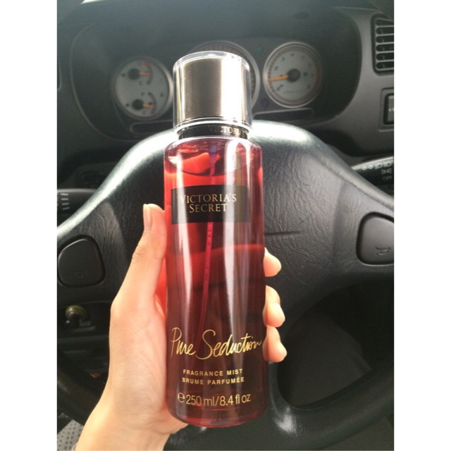 f67e42c702 VICTORIA S SECRET - Amber Romance Fragrance Body Mist Shimmer 245ml  9171