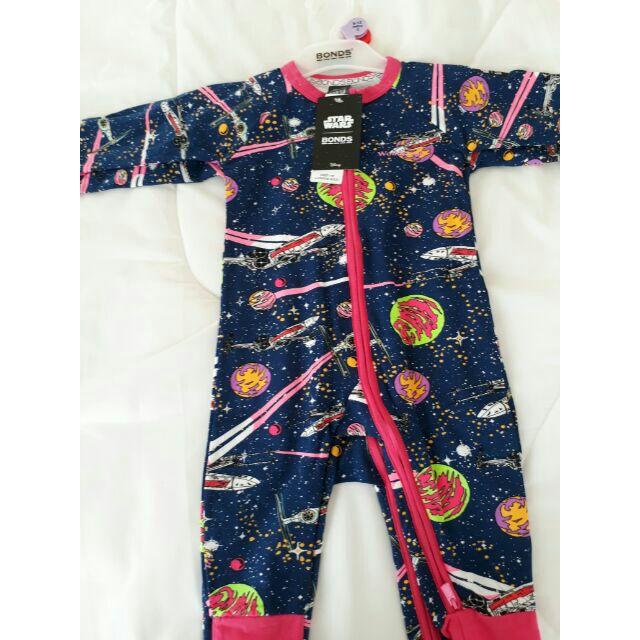 365d3e8ce10f [Pre Order] BONDS Baby Zip Wondersuit LS Shark In The Dark White | Shopee  Malaysia