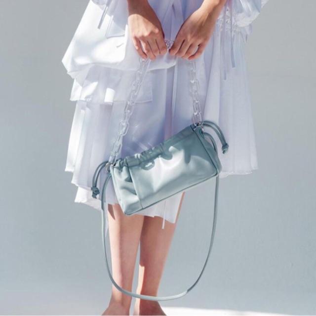 กระเป๋าสะพายโซ่อะคริลิก ทรงเกาหลีหนังนิ่ม (พร้อ
