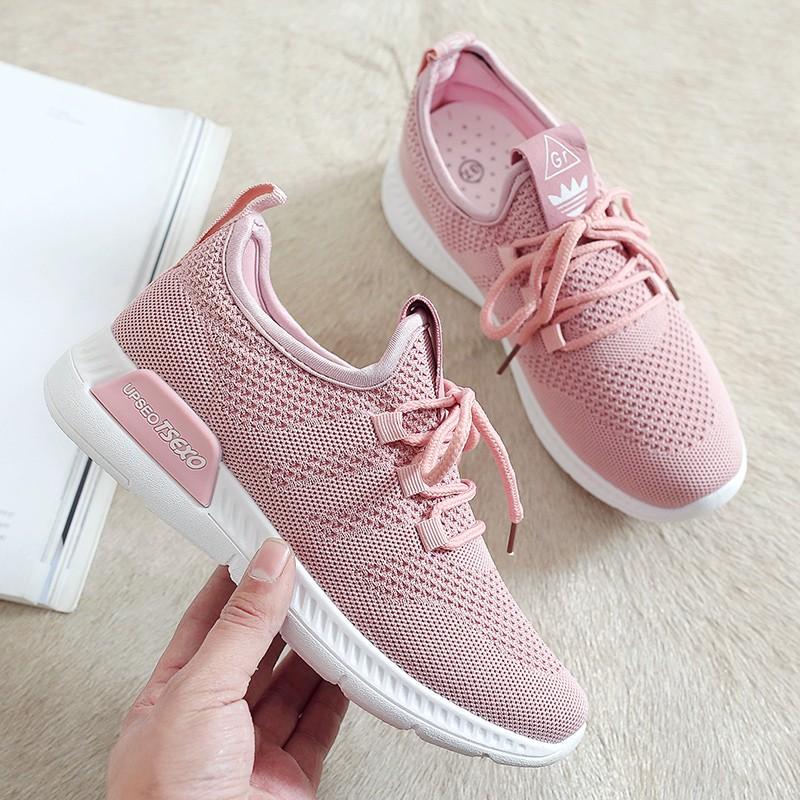 【สต็อกพร้อม】จัดส่งฟรี!EU35-40 รองเท้าผู้หญิง, รองเท้าวิ่ง, รองเท้ากีฬา รองเท้าผ้าใบ รองเท้าผู้หญิแฟชั่น รอ