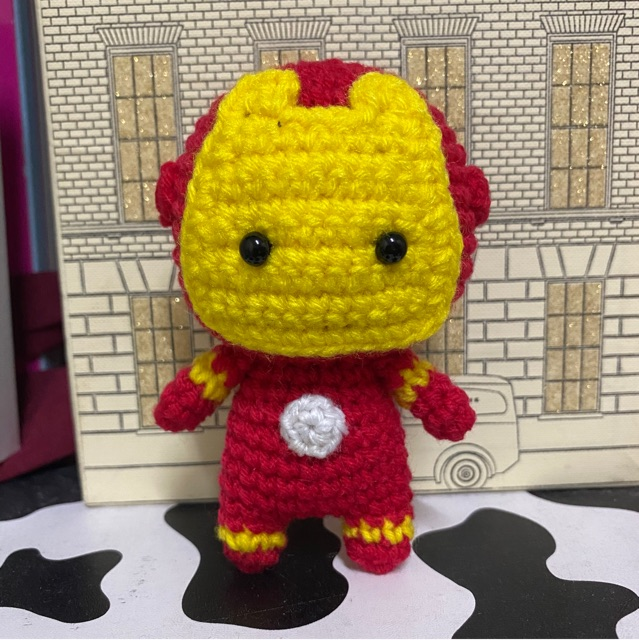 Little House In Colorado: Pattern For Amigurumi Crochet Lego Minifigure | 640x639
