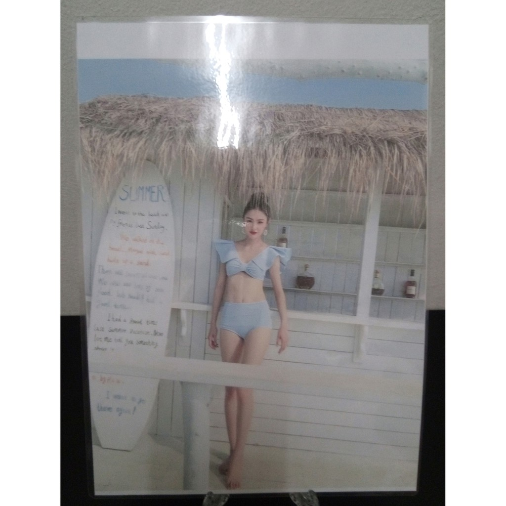 80 x 65 x 100mm Frosted Plastic Frame Holder