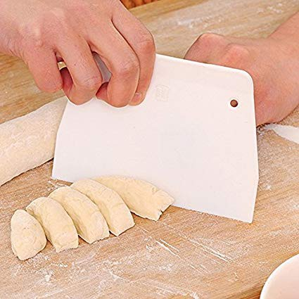 Baking Scraper Butter Knife Plastic Cake Dough Cutter Pastry Butter Kitchen Baking Tools Small Size
