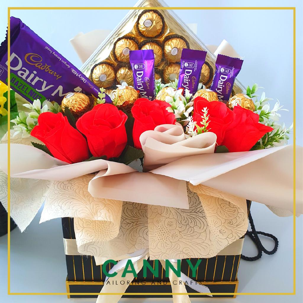 Super Size Large Ferrero Rocher Flower Box Set - FREE WISH CARD and Balloon