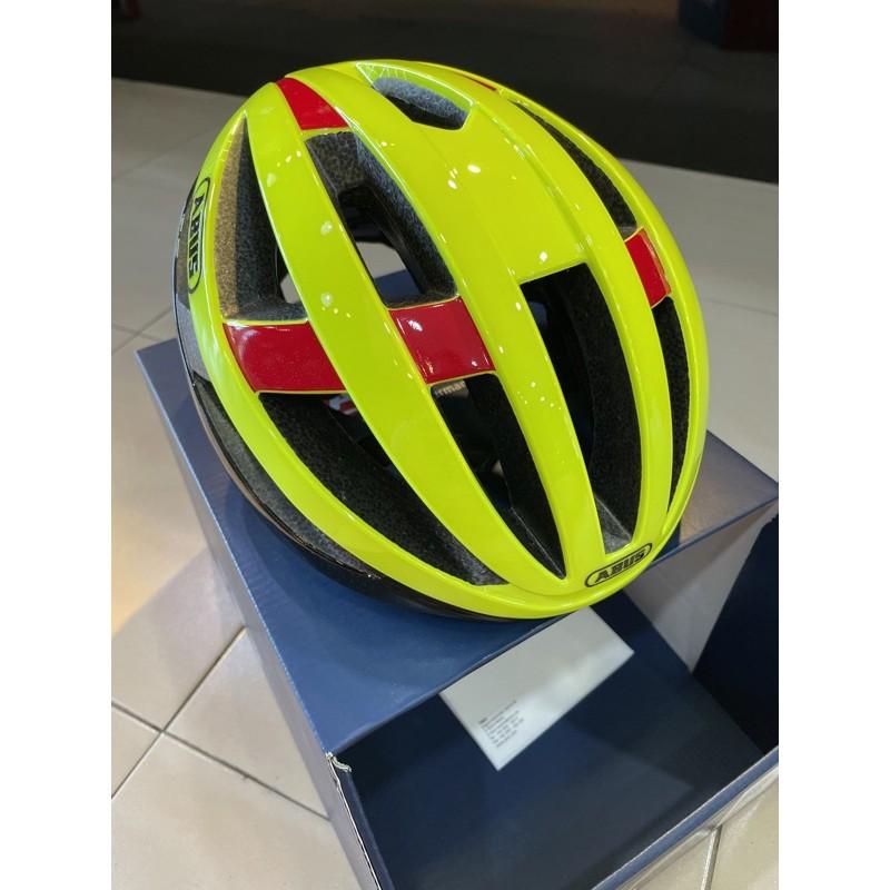 Abus Viantor (Neon Yellow) Helmet