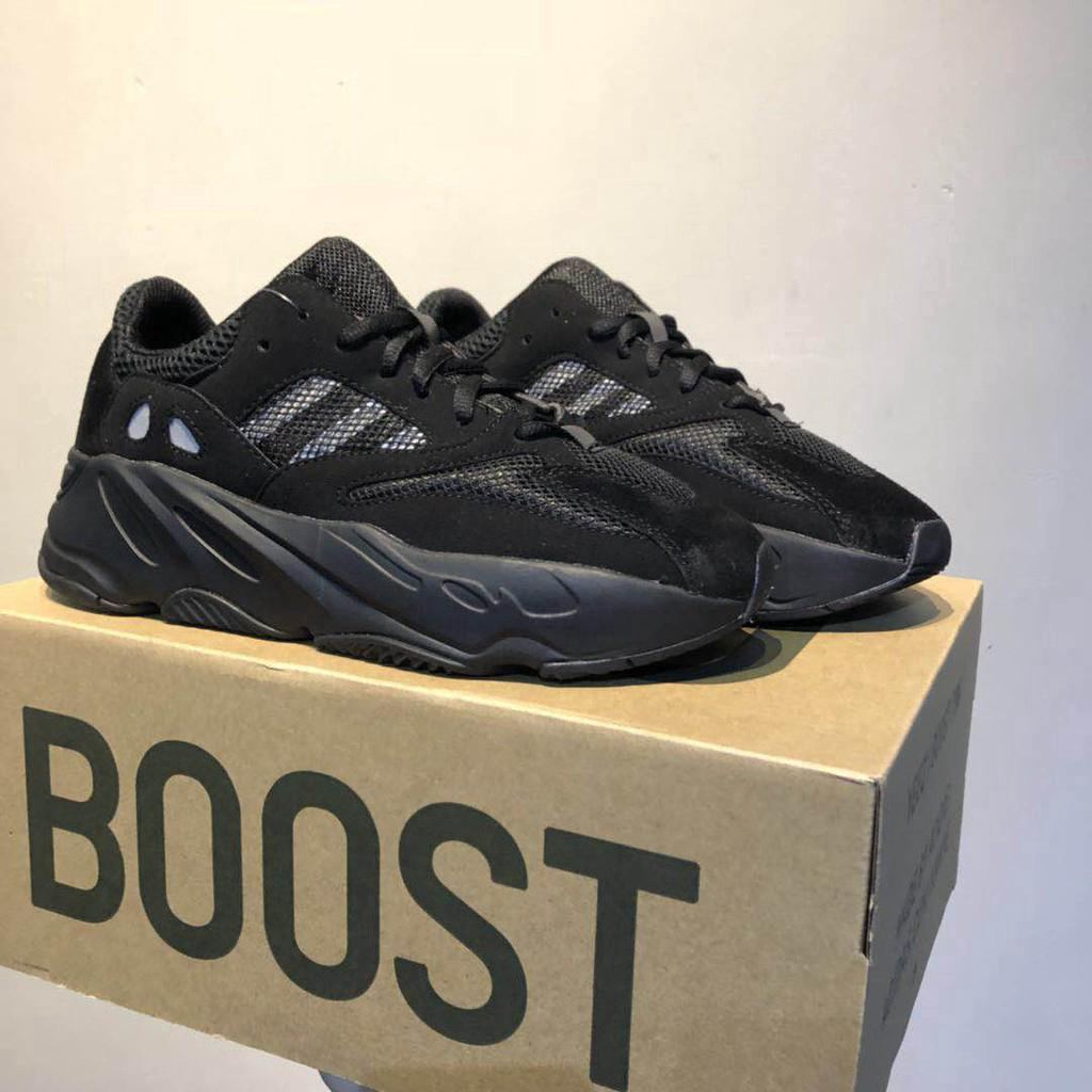 newest 30e49 11eab Adidas Yeezy Boost 700 men's and women's portable breathable ...