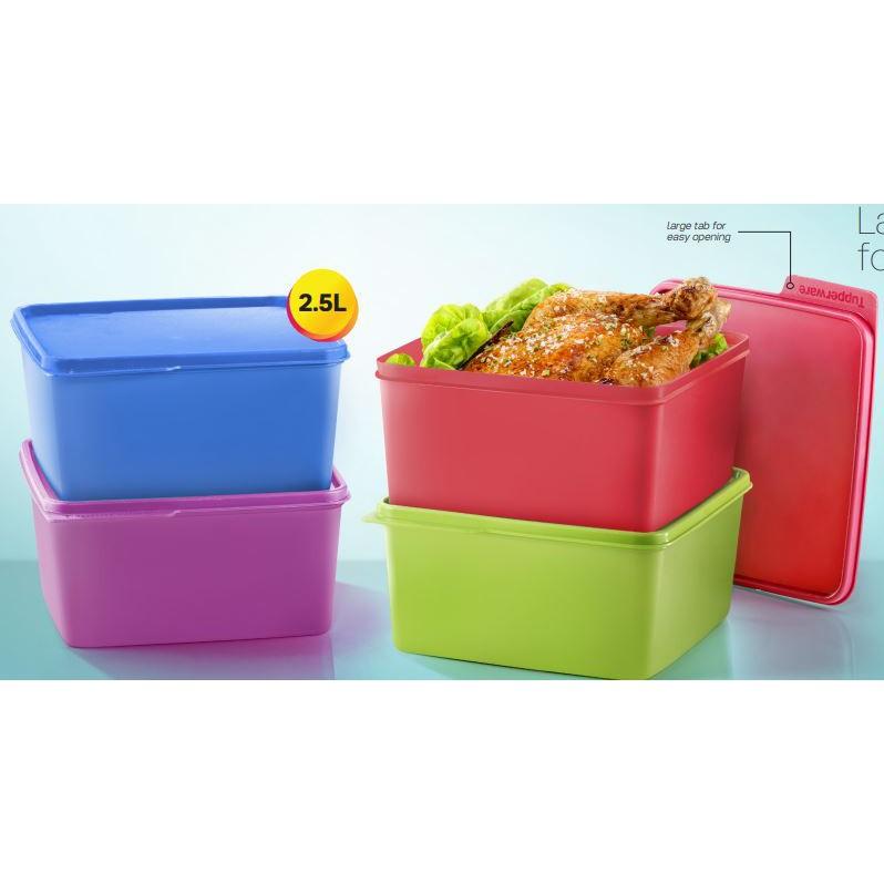 Tupperware snack n stack - 2.5 Liter ( 4pcs )