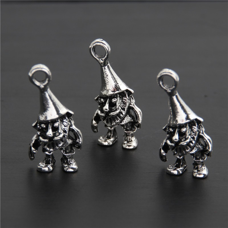Squirrel Charm//Pendant Tibetan Antique Silver 14mm  15 Charms Accessory Crafts