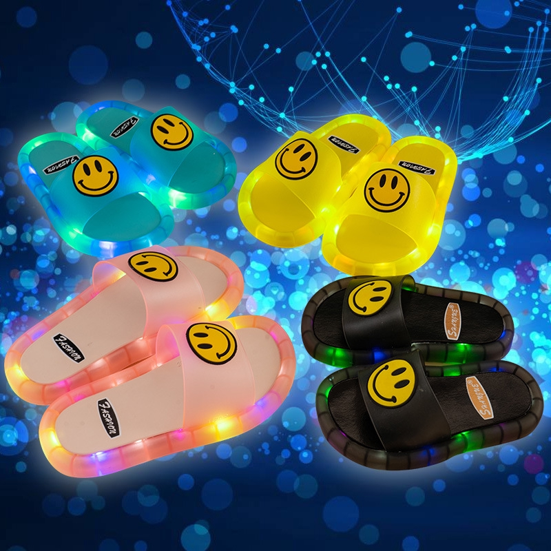 READY STOCK】2020 summer new creative children's luminous slippers smiley  face men and women shoes flash shoes baby slippers outdoor sandals  children's gifts fashion trends | Shopee Malaysia