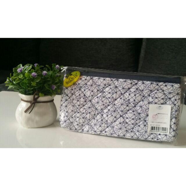 1ea2df35510e NaRaYa Geometric Printed Quilted Multipurpose Bag