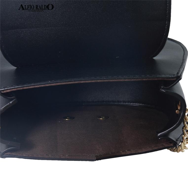 AR by Alfio Raldo Ladies Sweet Cute Black Sling Crossbody Bag with Front Twist Pearl Lock