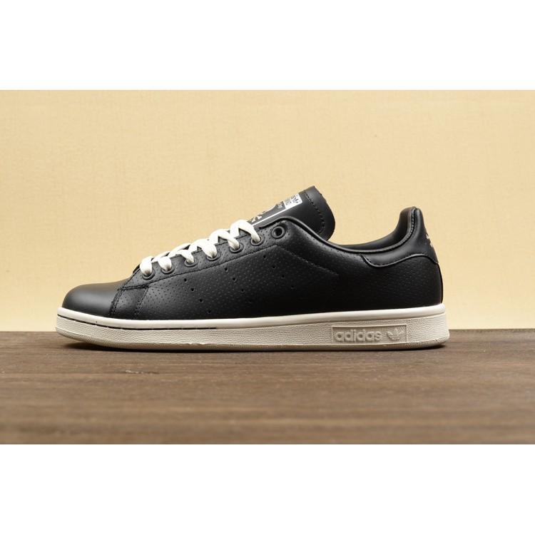 on sale a20a0 e67c6 Hot Sale Adidas Smith Fashion Shoes