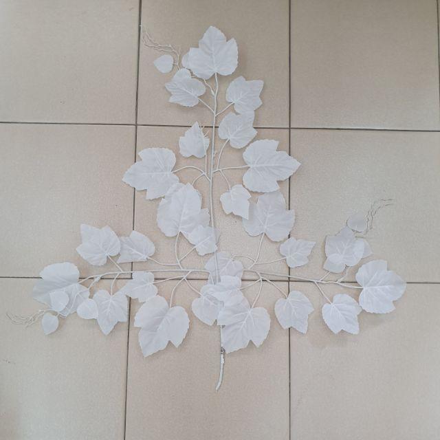 🍁🍂 Big White Maple Leaf Size L (1 pcs) / Daun Maple Putih Size L (1 pcs)🍁🍂