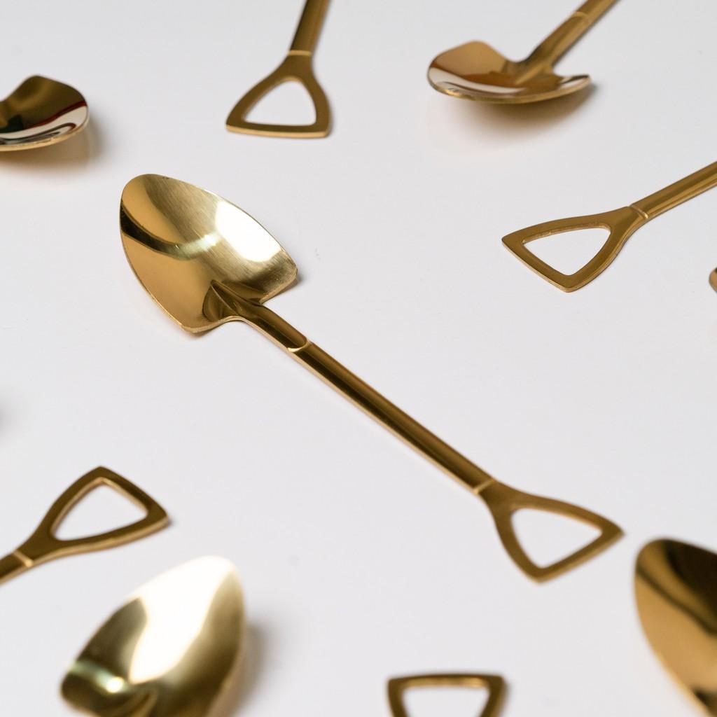 Nordic Gold / Silver Shovel Stainless Steel Spoon Dessert Spoon Decor sudu 不锈钢创意铲子汤匙