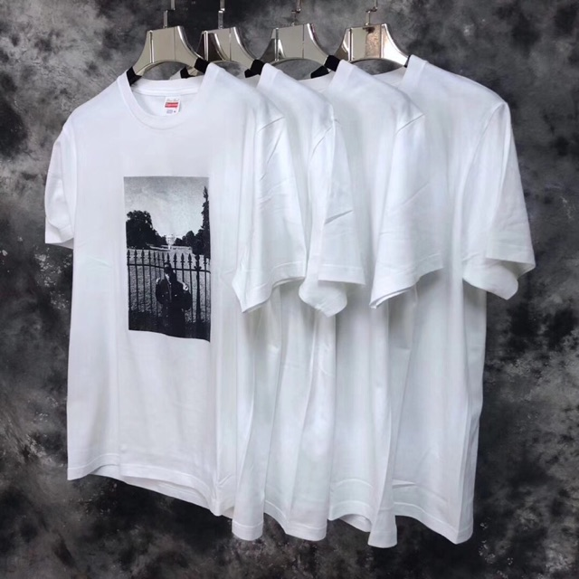70af6099a286 Supreme Playing Oil Painting Tshirt