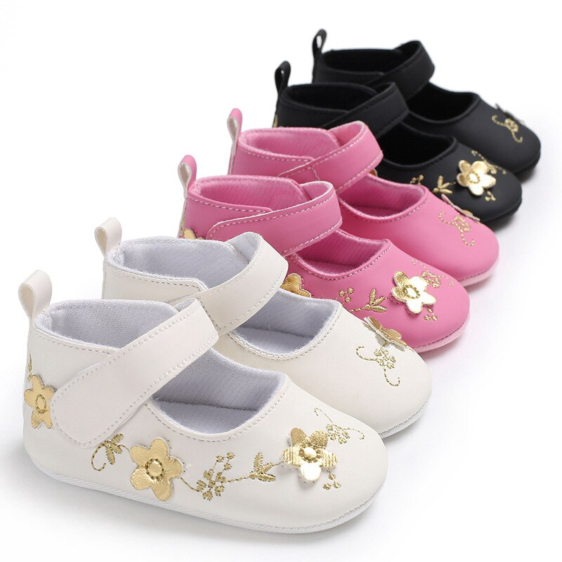 d7328d81ba Princess Pu Leather Moccasins Newborn Baby Girls Shoes Gold Flower Print  Rubbers Sole Crib Bebe First Walker Prewalkers