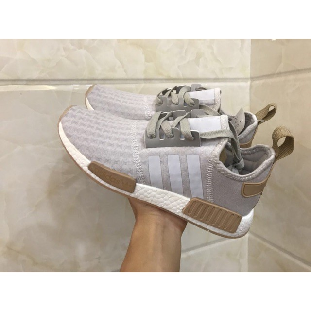 Details about Women's Adidas NMD R2 W Shoes Sneakers BY9314 Size 8.5 black pink Boost