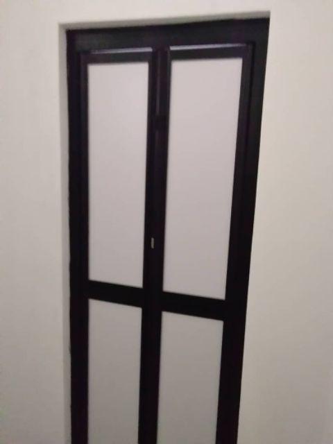 Pintu Tandas Bifold Mudah Lipat Jenama