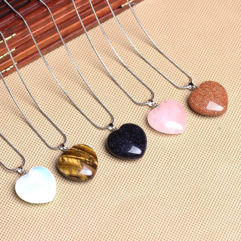 【Ready Stock】Natural Crystal Heart Peach Heart Pendant 天然水晶心桃心形吊坠锁骨链