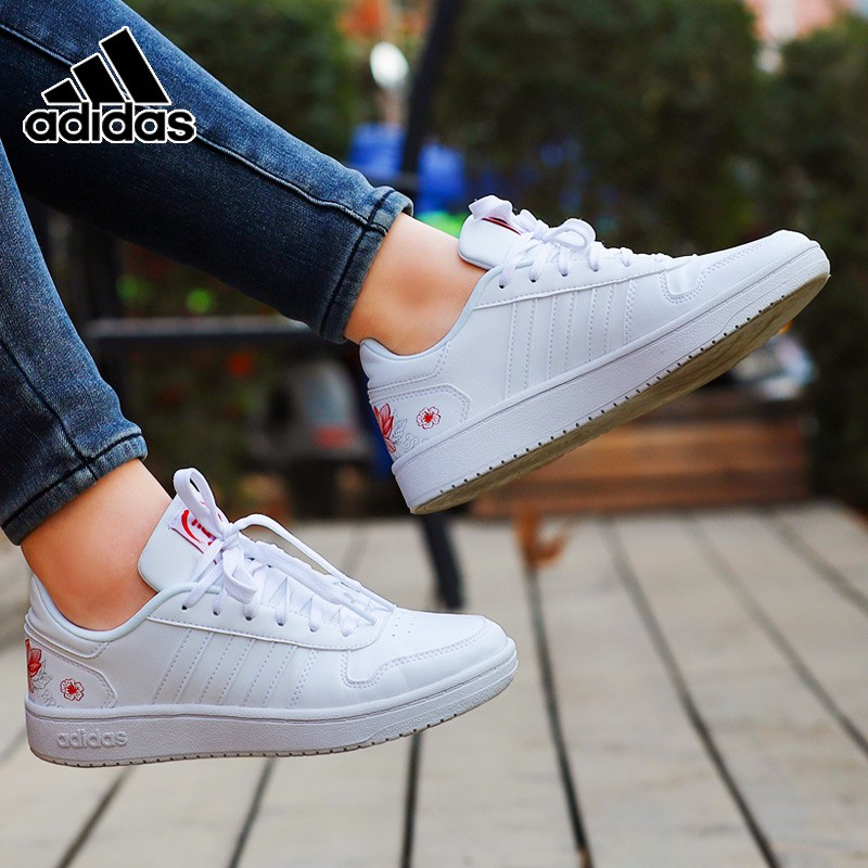 Adidas Adidas women's shoes spring 2019 new low top small white sneakers leisure sneakers sports sho