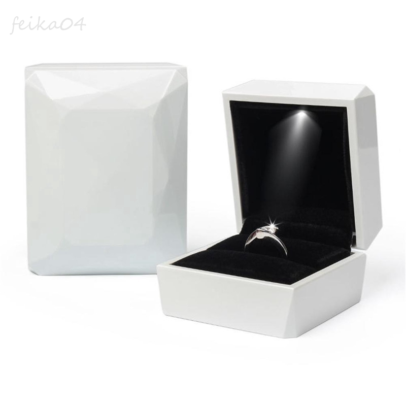 """Deluxe LED Lighted Ring Box Velvet Jewelry Gift Wedding Proposal Engagement 3.5/"""""""