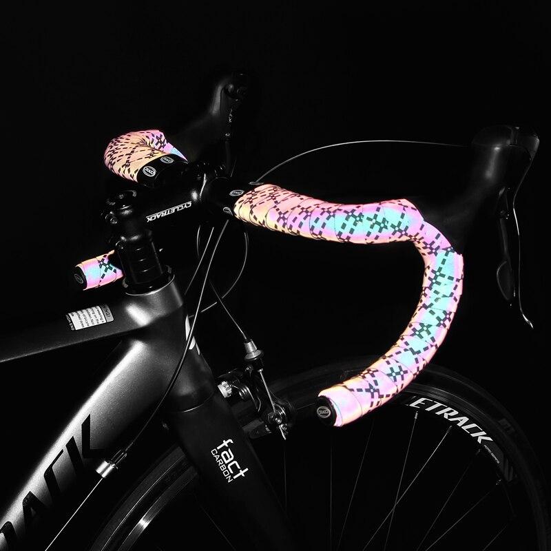Bike Handlebar Tape Black Road Bike Handlebar Tapes Wraps EVA Road Bike Handlebar Tape Bicycle Bar Wraps Bicycle Bike Bar Tape Anti-Slip and Damping Rubber Cushion Bicycle Handlebar Accessories