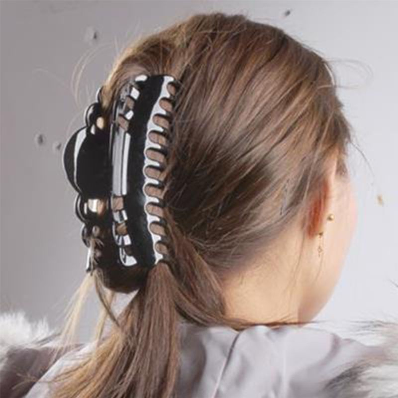 "Black hair clip plastic BIG hair claw teeth clamp 4/"" long black plastic"