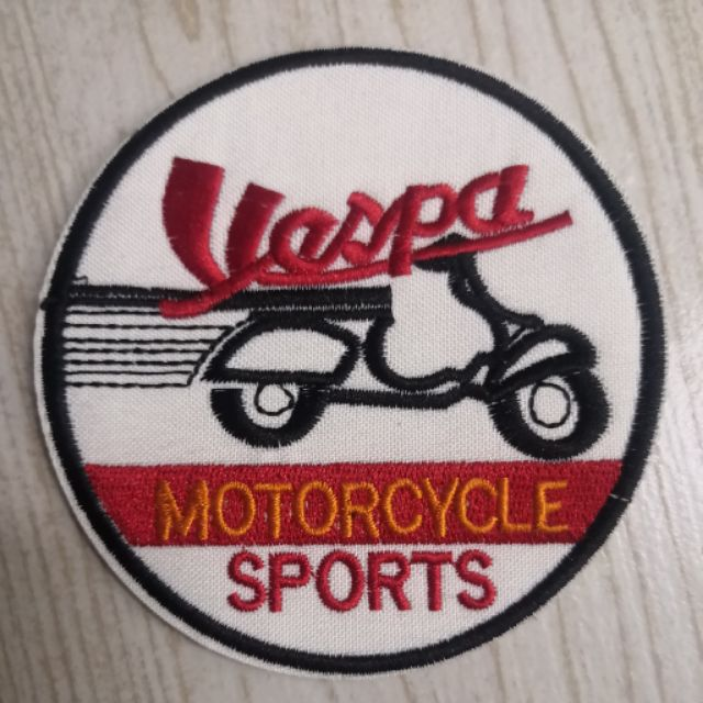 VESPA MOTORCYCLE SPORTS IRON ON STICKER 9cm*9cm