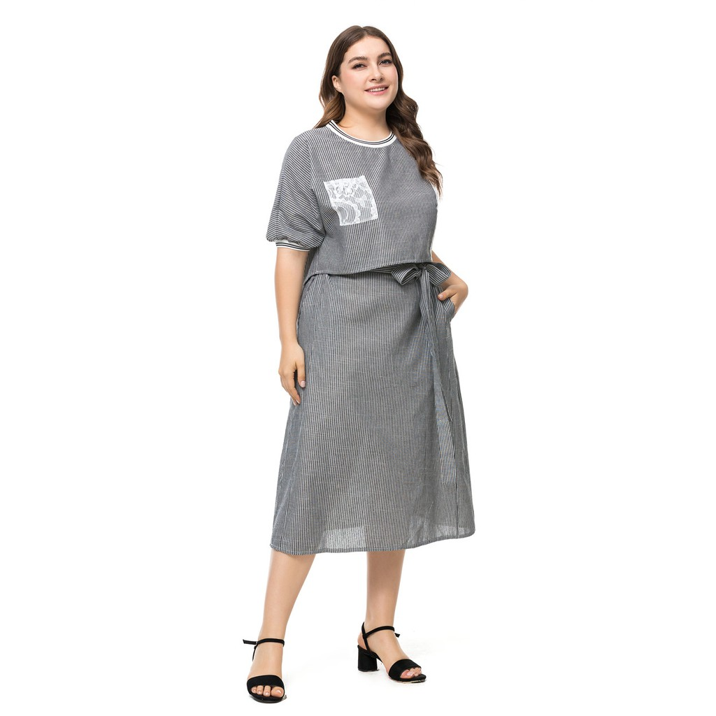 1e6c742bd182a 2019 Size 3XL~6XL Plus-size T-shirt patchwork lace two-piece mid-length  skirt 2019 new European and American bow dress