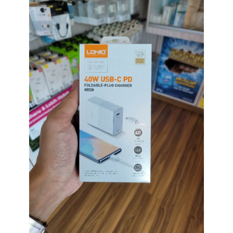 LDNIO 40W USB C PD, QC 4.0 Fast Charging suitable for mobile phone tablet and laptop