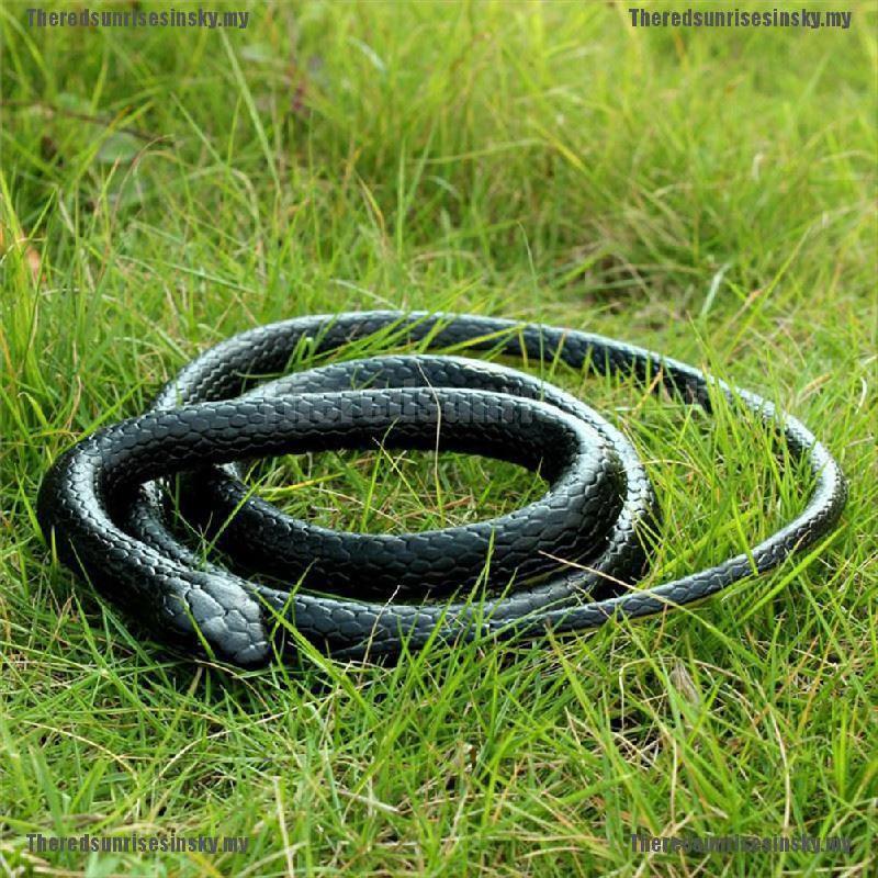 Rubber Lifelike Snakes Scary Gag Gift Funny Prank Joke Toy Snake Halloween 130cm