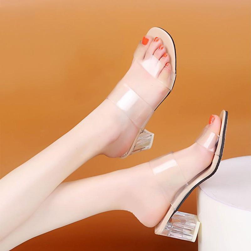 2019baru sandal fashion transparan merah bersih wanita tebal dengan kaki terbuka