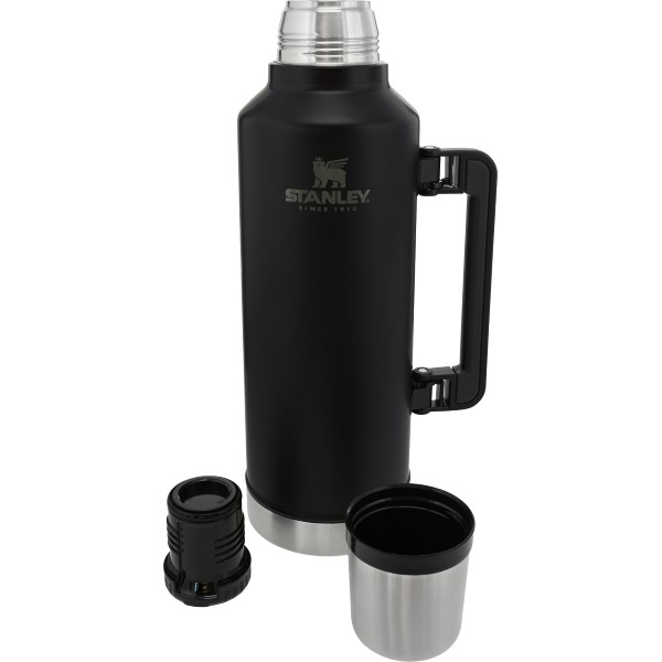 STANLEY Classic Legendary Vacuum Insulated Bottle | 2.5 QT / 2.3 L