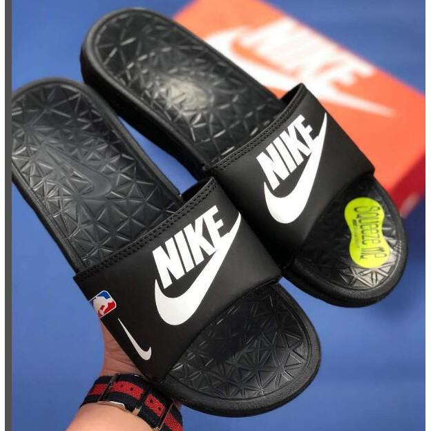 Espíritu Ceder el paso comentario  NIKE BENASSI NBA original slippers men sandals American basketball teams |  Shopee Malaysia