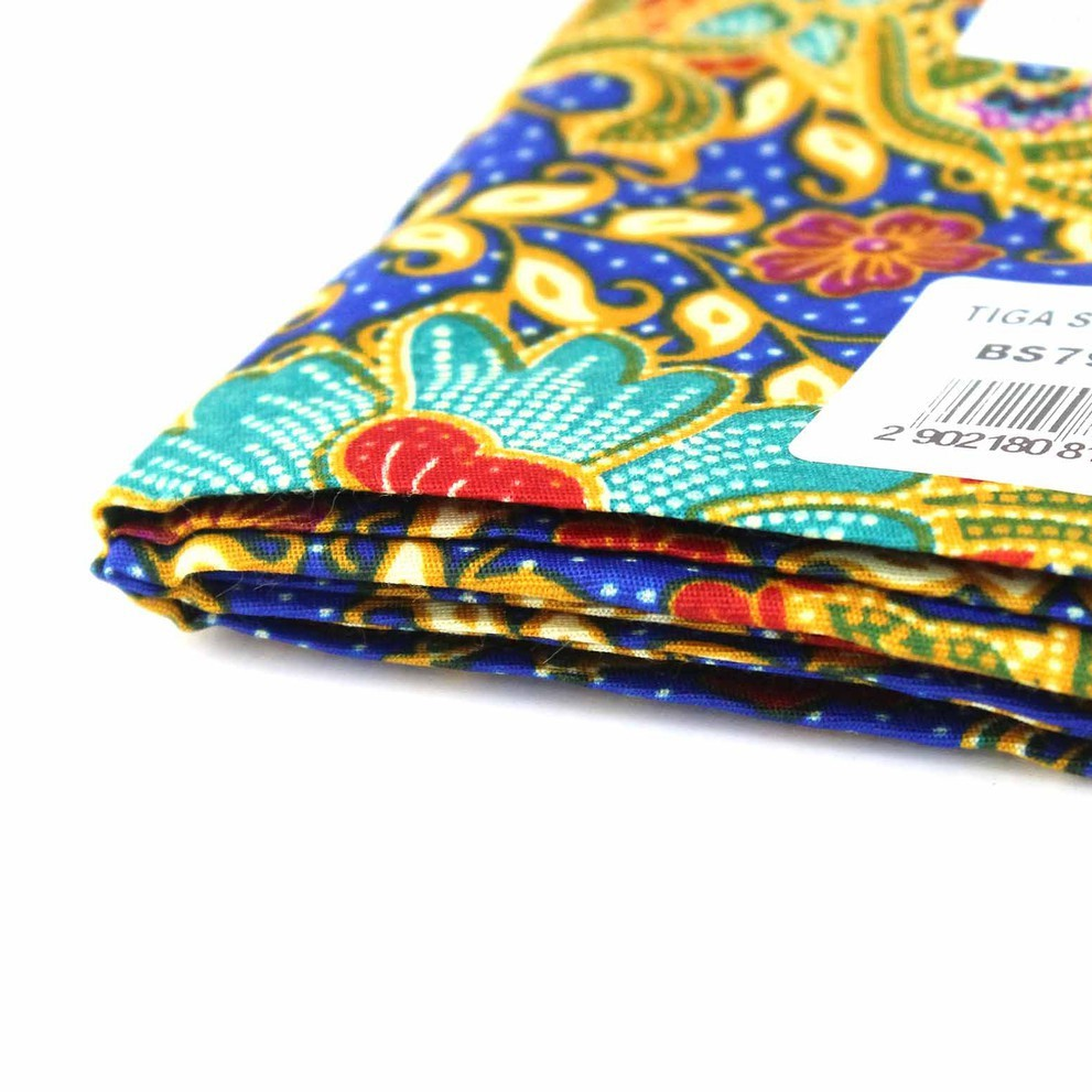 Batik Halus Tiga Serangkai BS790-01 Assorted (112cm x 180cm x 10pcs)