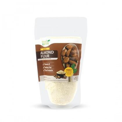 Love Earth Almond Flour 200g 乐儿天然杏仁粉 200公克 (袋装)