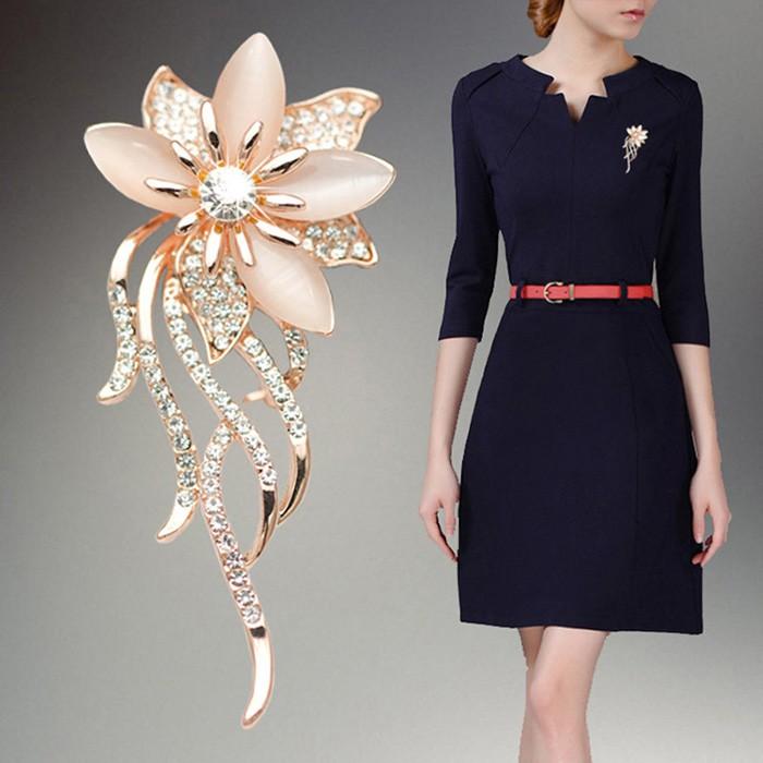 6e8fd4301 MY✈Women Brooches Flower Shape Alloy Inlay Rhinestone Opal Ladies ...