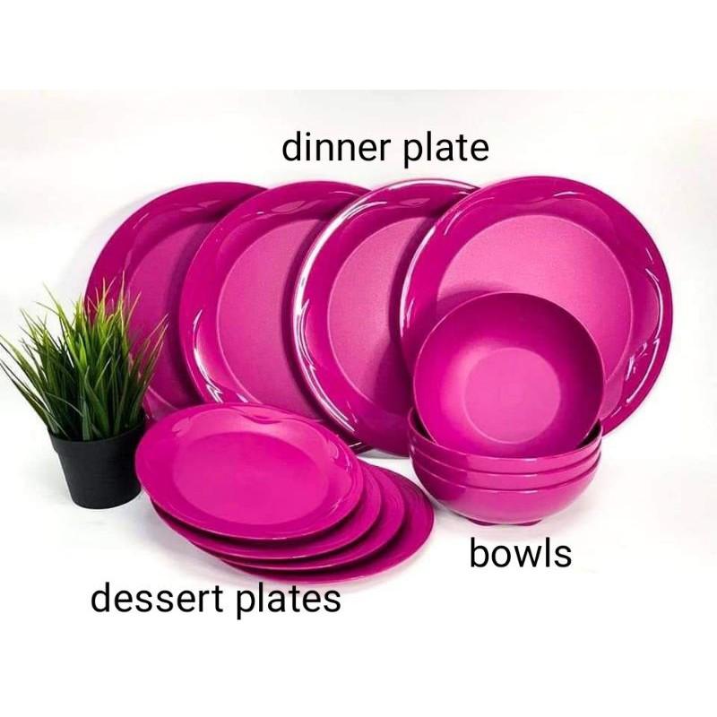 Tupperware Camelia Dining Serveware Set