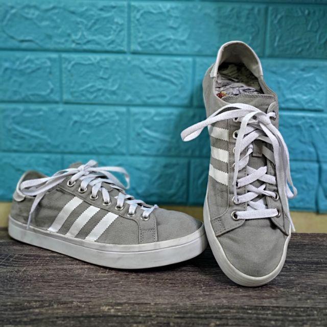 Centro de producción Caligrafía Persona especial  Bundle Branded Shoes / Adidas Originals Court Vintage / Kasut Terpakai  Berjenama / Used Shoes / Adidas Originals Shoes | Shopee Malaysia