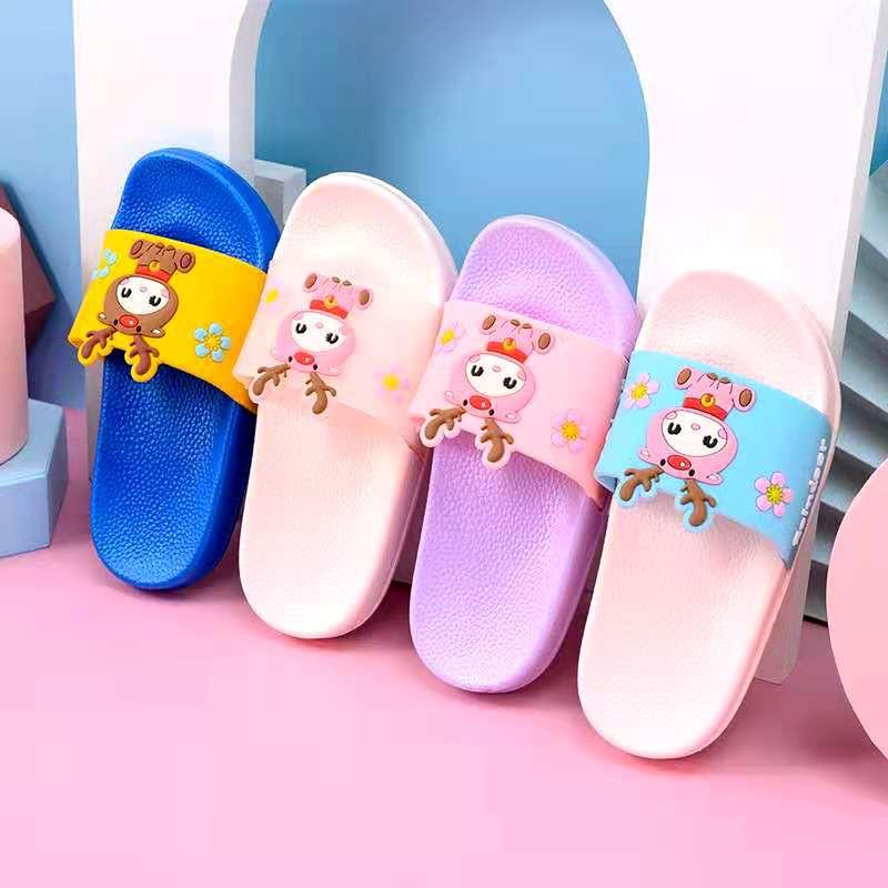 Ready Stock ReinDeer 3D Cartoon Junior Slipper / Slides