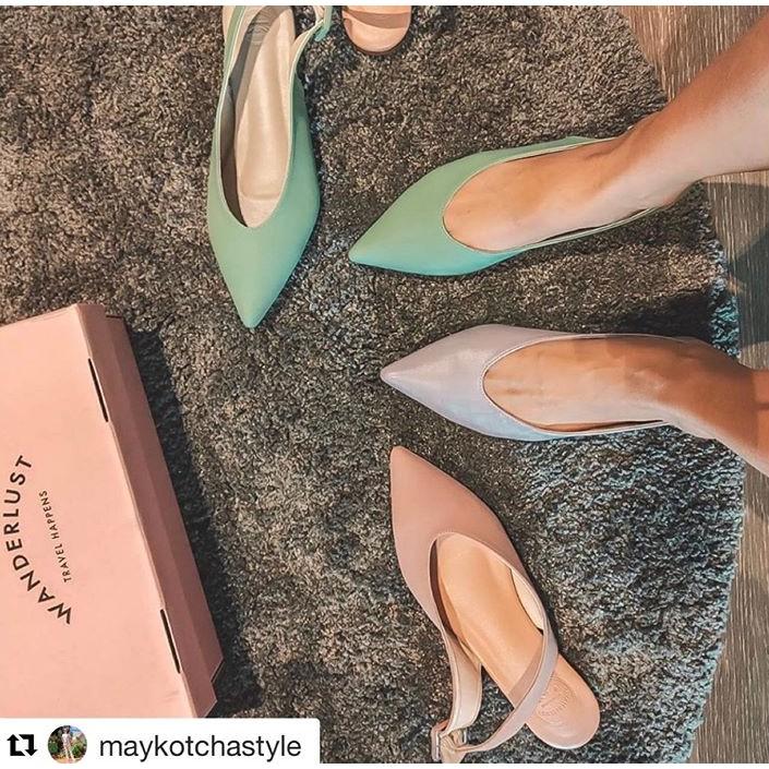 รองเท้าหนังหัวแหลม Wanderlust รุ่น Olivia Frost Pastel Collection สี