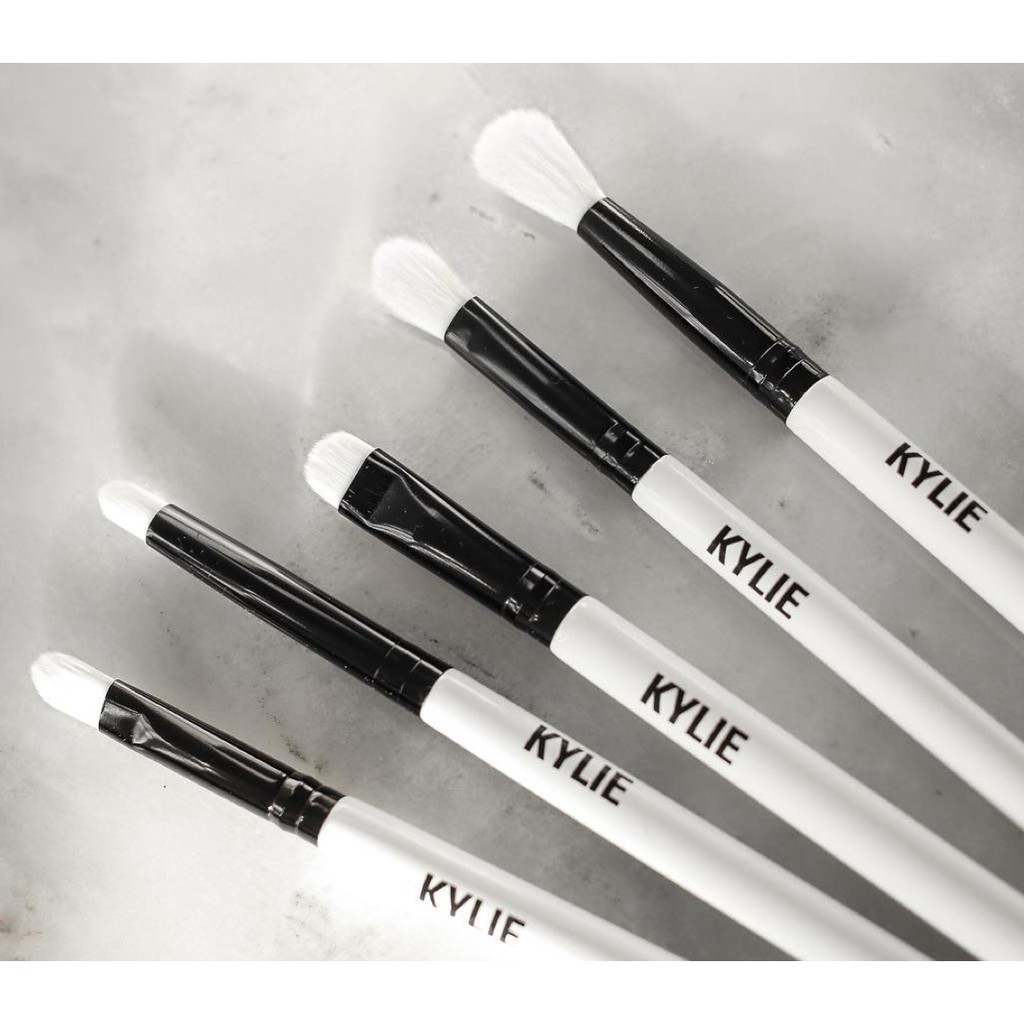 Kylie Makeup Brush Collection 6 in 1