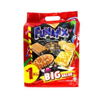 Munchy\'s Funmix Big Value Hilarious Mix of Assorted Biscuits 1kg