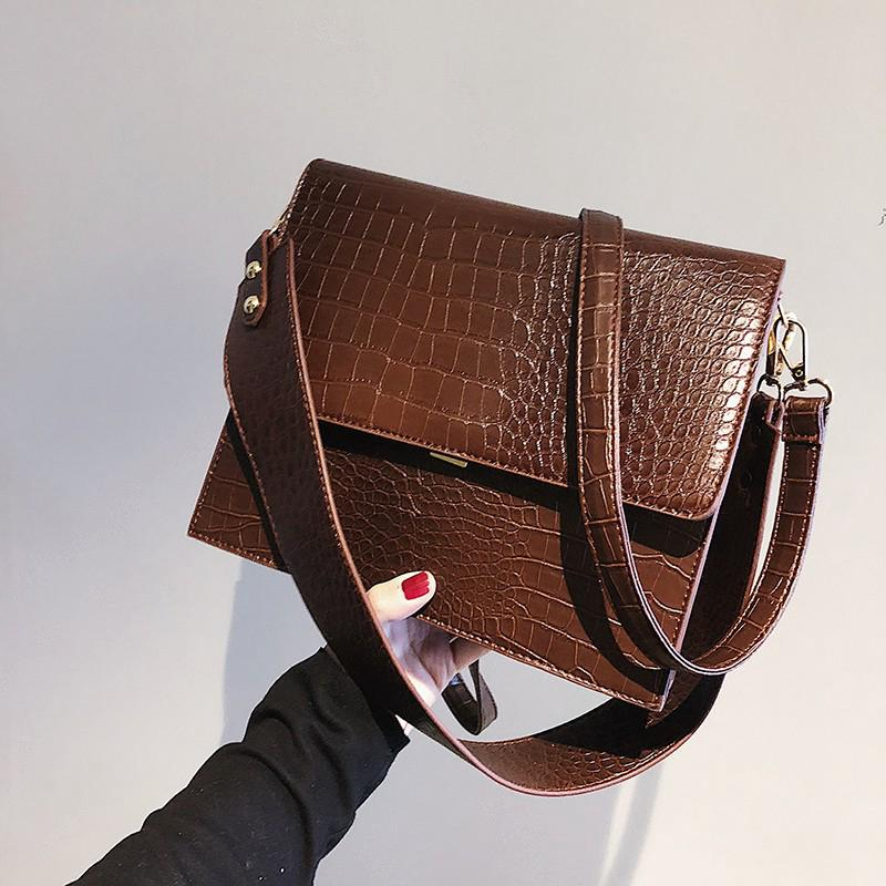 5947b01e7f13 Women's Casual Crossbody Bag Wild Vintage Shoulder Crocodile Pattern Black  Bag