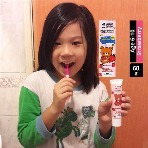 Darlie Kids Toothpaste + Toothbrush Jolly Junior 6-10y+ Rilakkuma Case