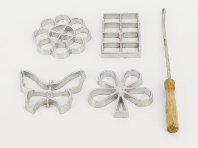 Waffle Molds Set Form 4 Different Designs With Lifting Tool / Iron Mould