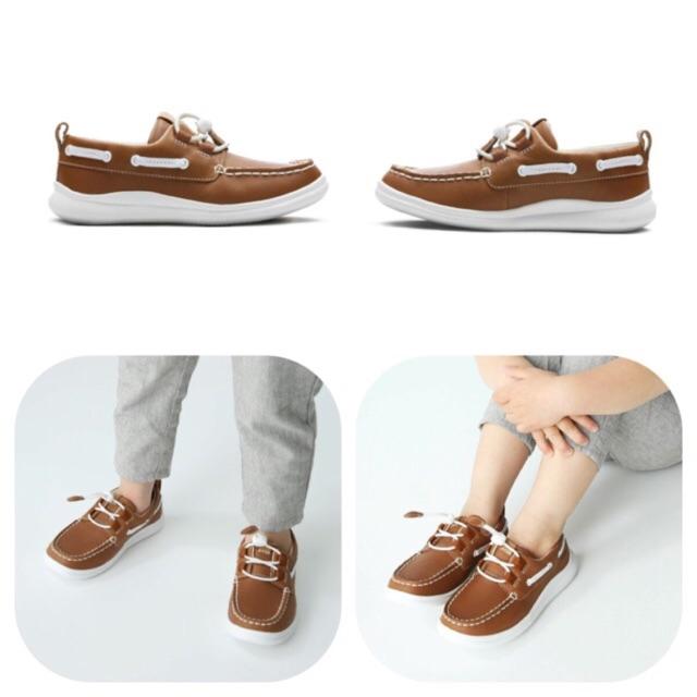 21567902 💯Original brand new CLARKS Leather Kid Unisex Shoes