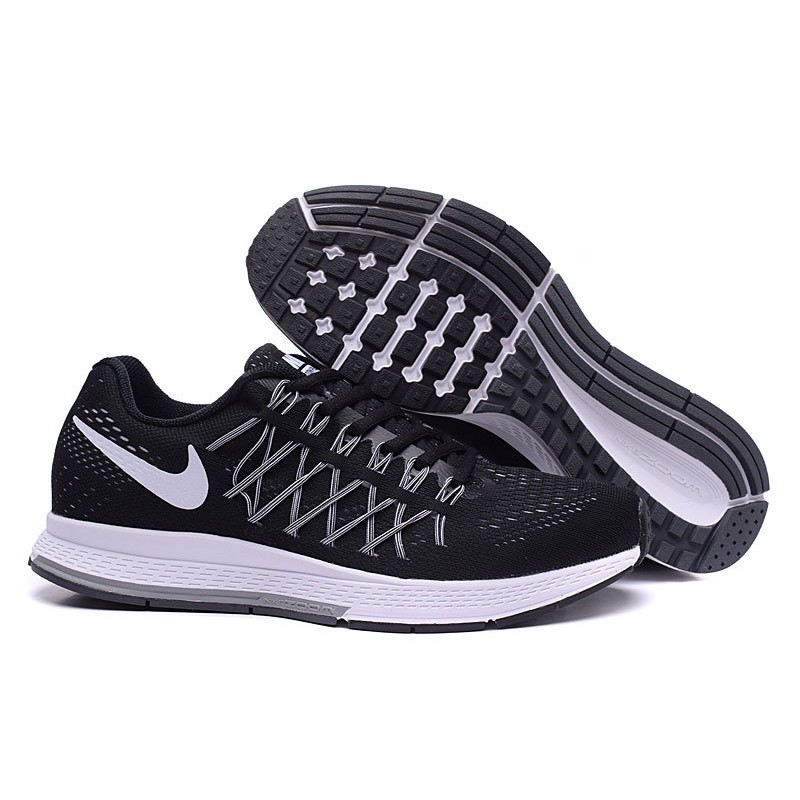 sports shoes e7135 8028d Nike Air Zoom Pegasus 32 Black
