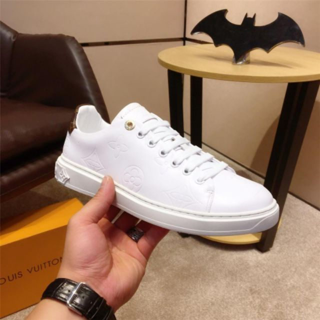 LV2019 new men's shoes, fashion skate shoes, white calfskin shoes, wild sports shoes casual shoes, Korean version